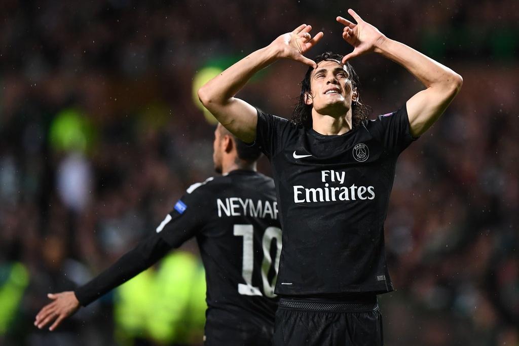 Messi vang mat, Fellaini lot vao doi hinh tieu bieu Champions League hinh anh 11