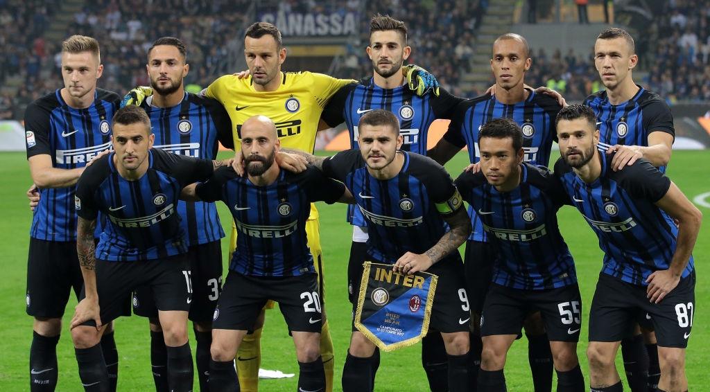 'Dan em' Messi lap hat-trick giup Inter thang derby Milan hinh anh 2