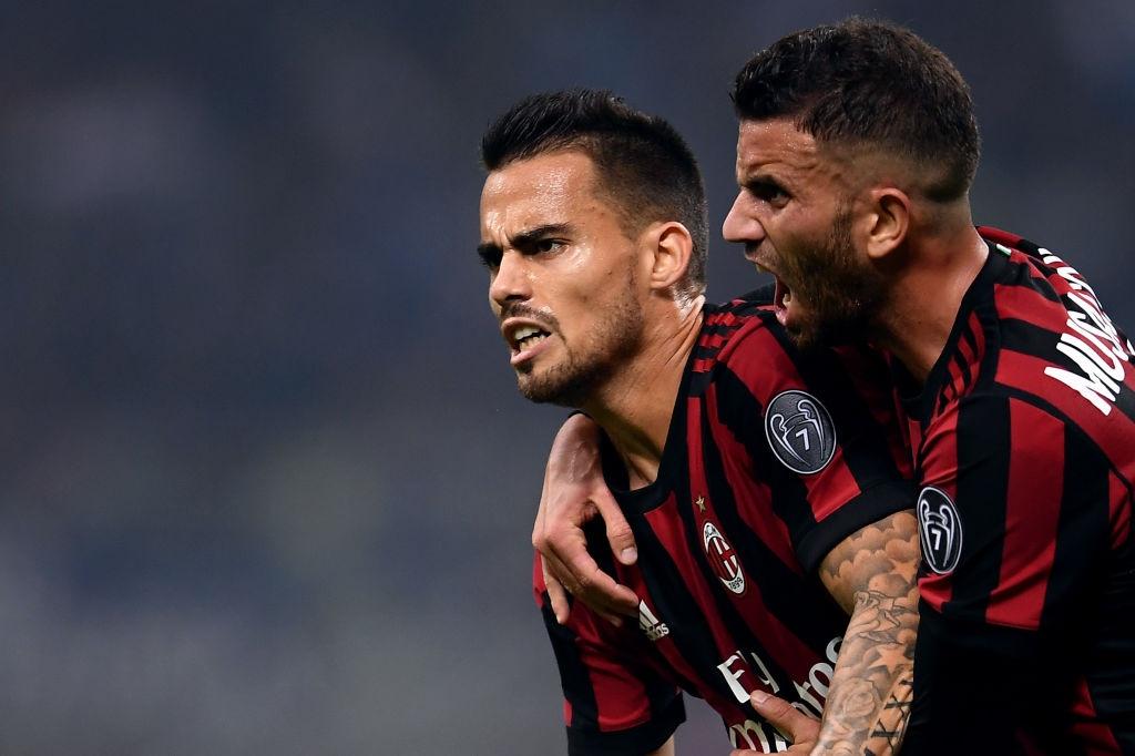'Dan em' Messi lap hat-trick giup Inter thang derby Milan hinh anh 5