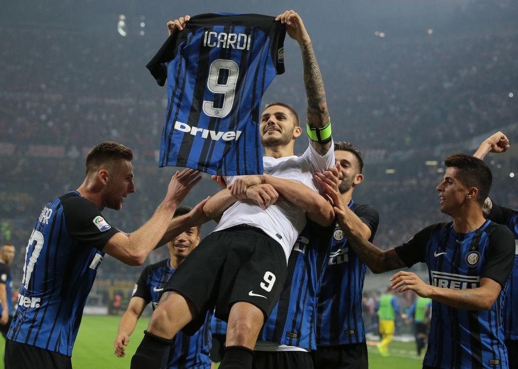 'Dan em' Messi lap hat-trick giup Inter thang derby Milan hinh anh 13