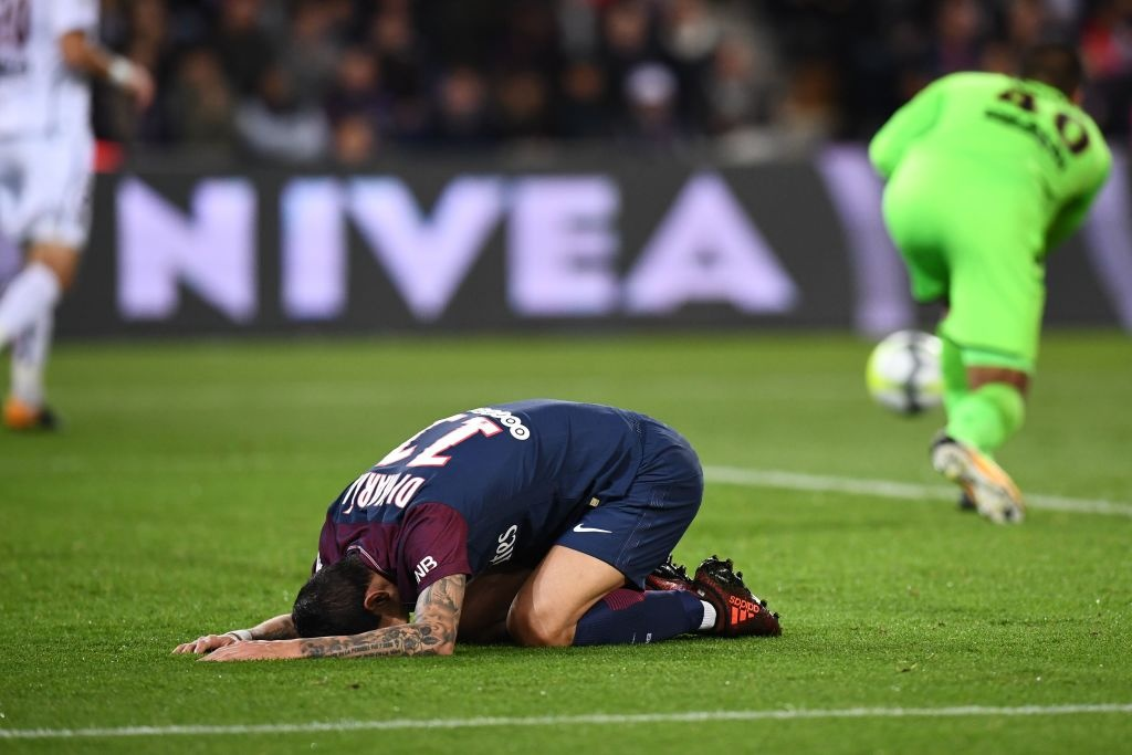 Neymar bi treo gio, Cavani ghi 2 ban giup PSG thang Nice hinh anh 7