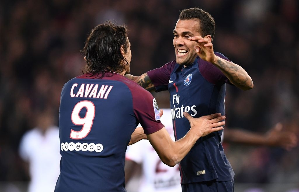 Neymar bi treo gio, Cavani ghi 2 ban giup PSG thang Nice hinh anh 9