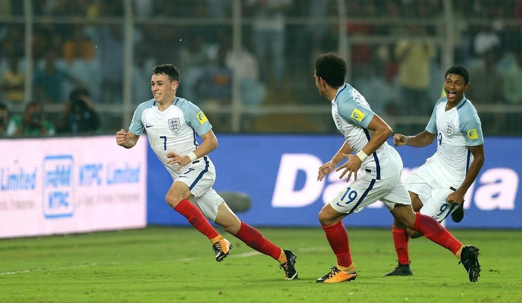 Vui dap Tay Ban Nha 5-2, tuyen Anh vo dich U17 the gioi hinh anh 16