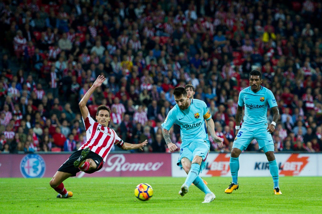 Paulinho va Messi ghi ban, Barca lap cach biet 8 diem voi Real hinh anh 5