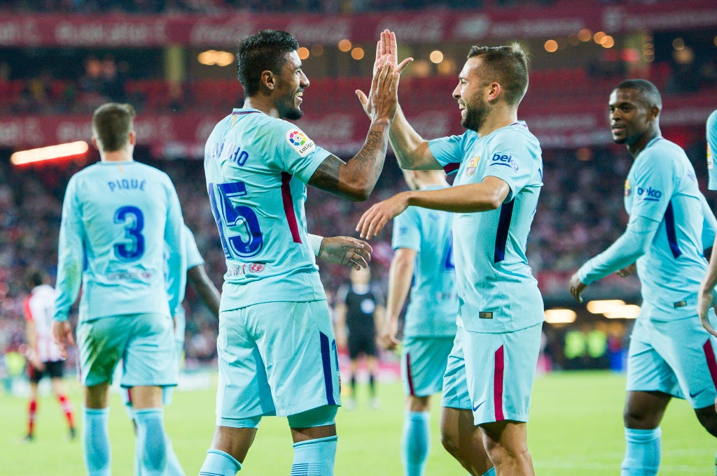 Paulinho va Messi ghi ban, Barca lap cach biet 8 diem voi Real hinh anh 7