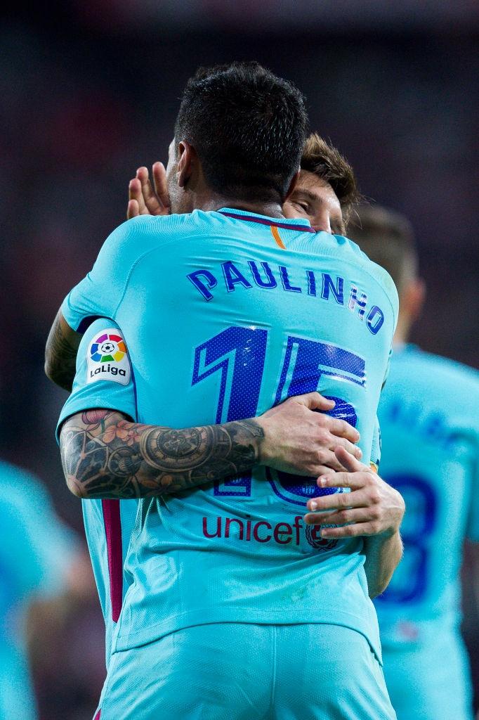 Paulinho va Messi ghi ban, Barca lap cach biet 8 diem voi Real hinh anh 9