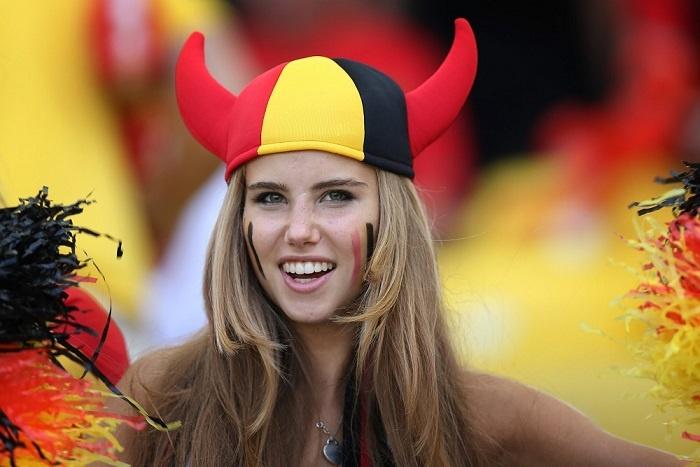 co gai Bi noi tieng World Cup 2014 anh 1