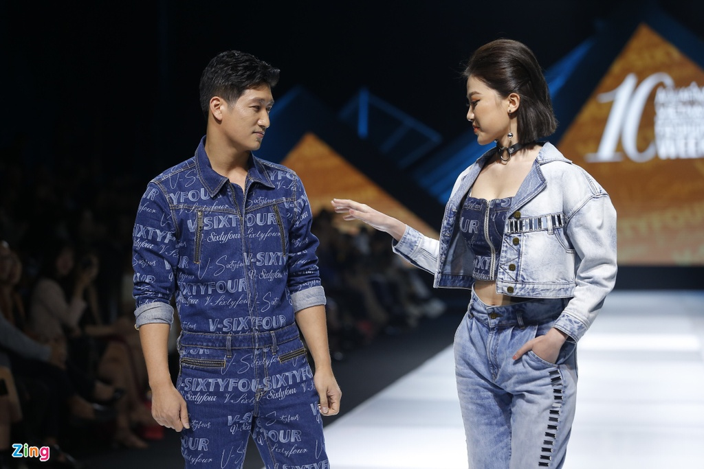 H'Hen Nie va Lanh Thanh suyt nga khi lai moto ra san dien hinh anh 6