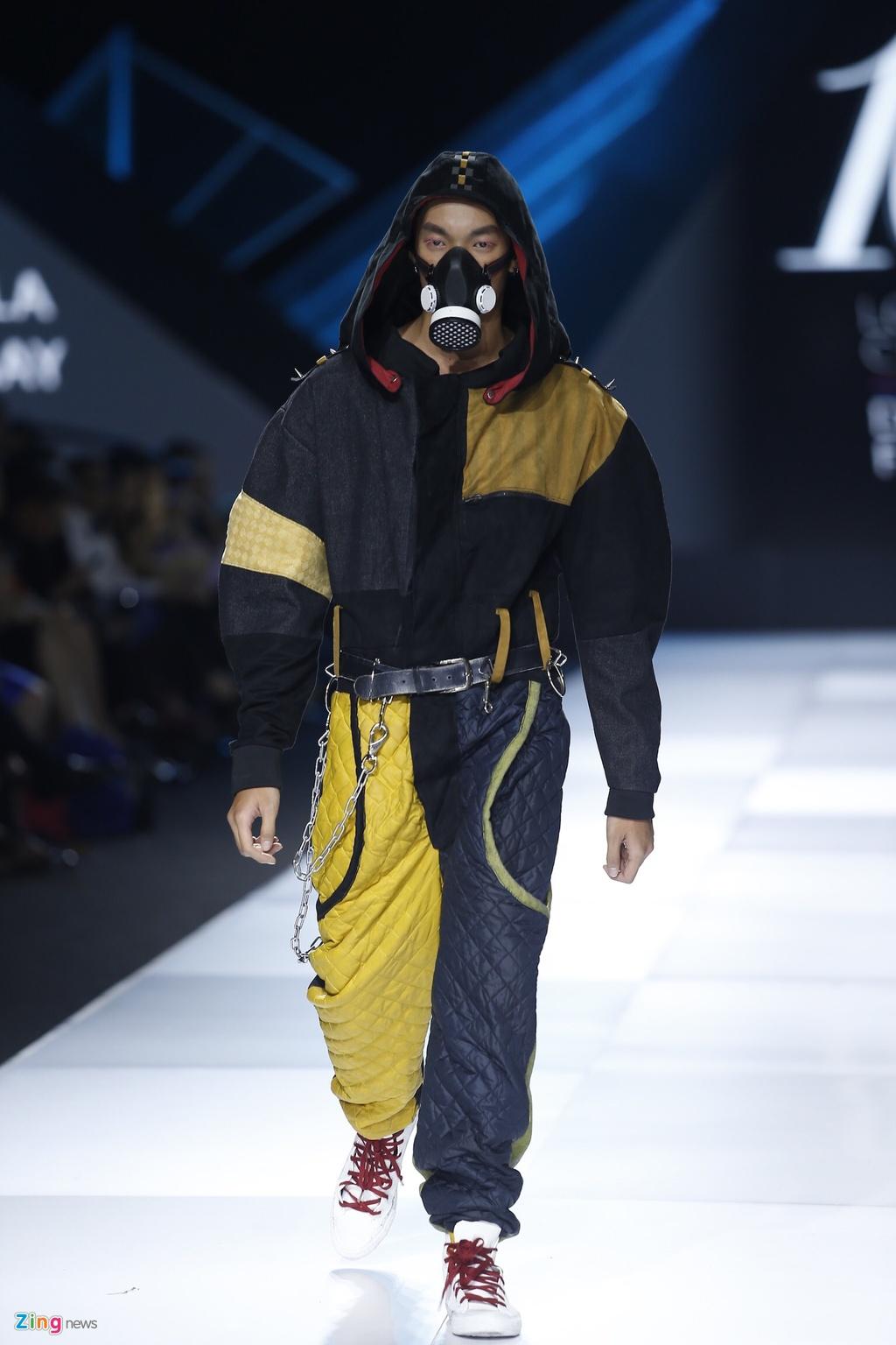 Aquafina Vietnam International Fashion Week 2019 anh 38