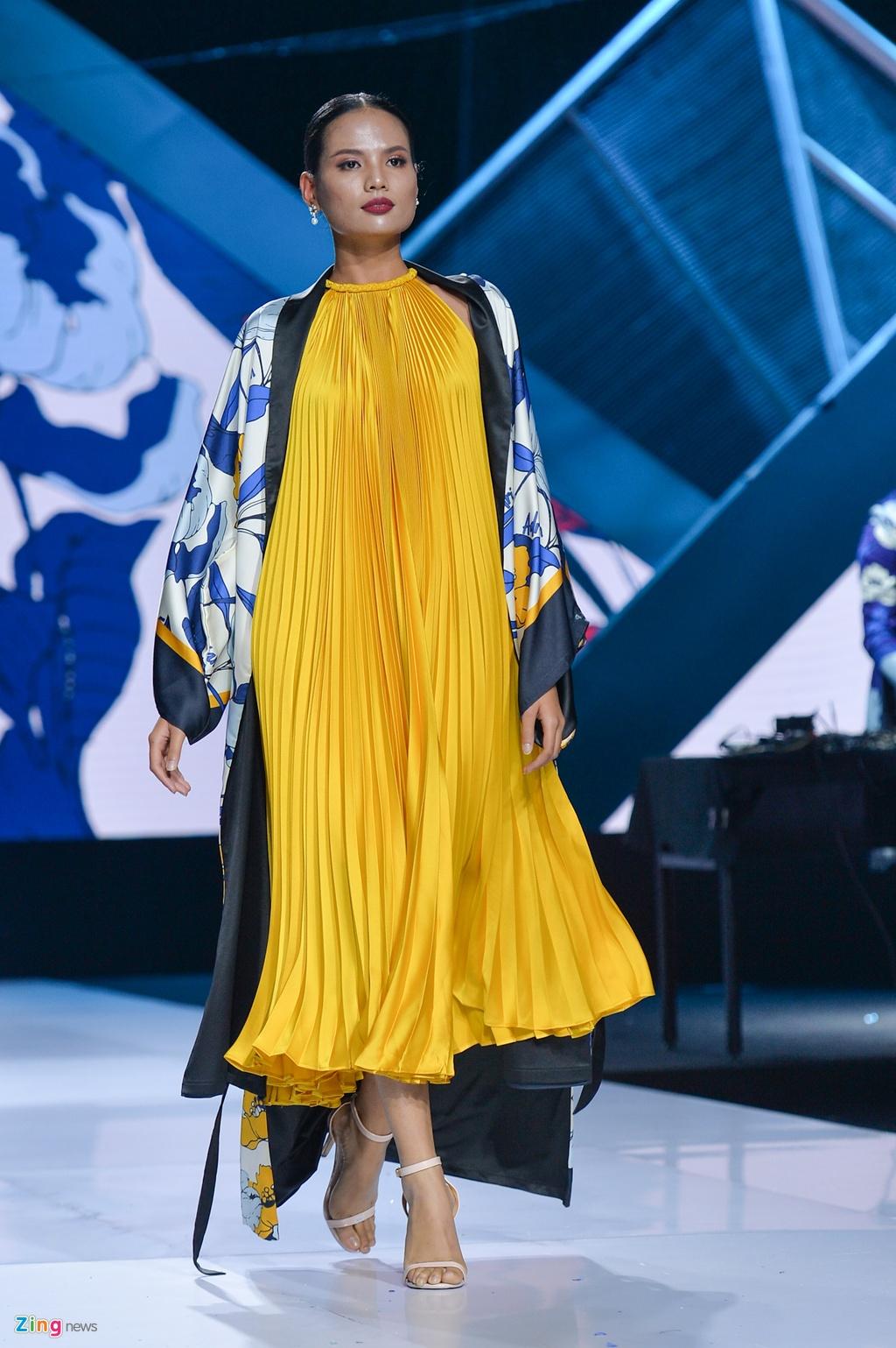 Aquafina Vietnam International Fashion Week 2019 anh 44