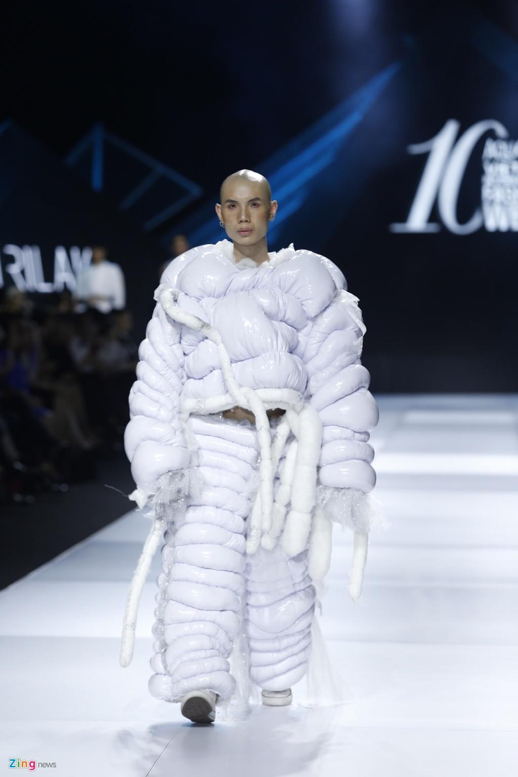 Aquafina Vietnam International Fashion Week 2019 anh 18