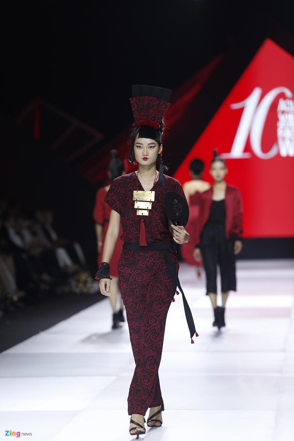 Aquafina Vietnam International Fashion Week 2019 anh 10