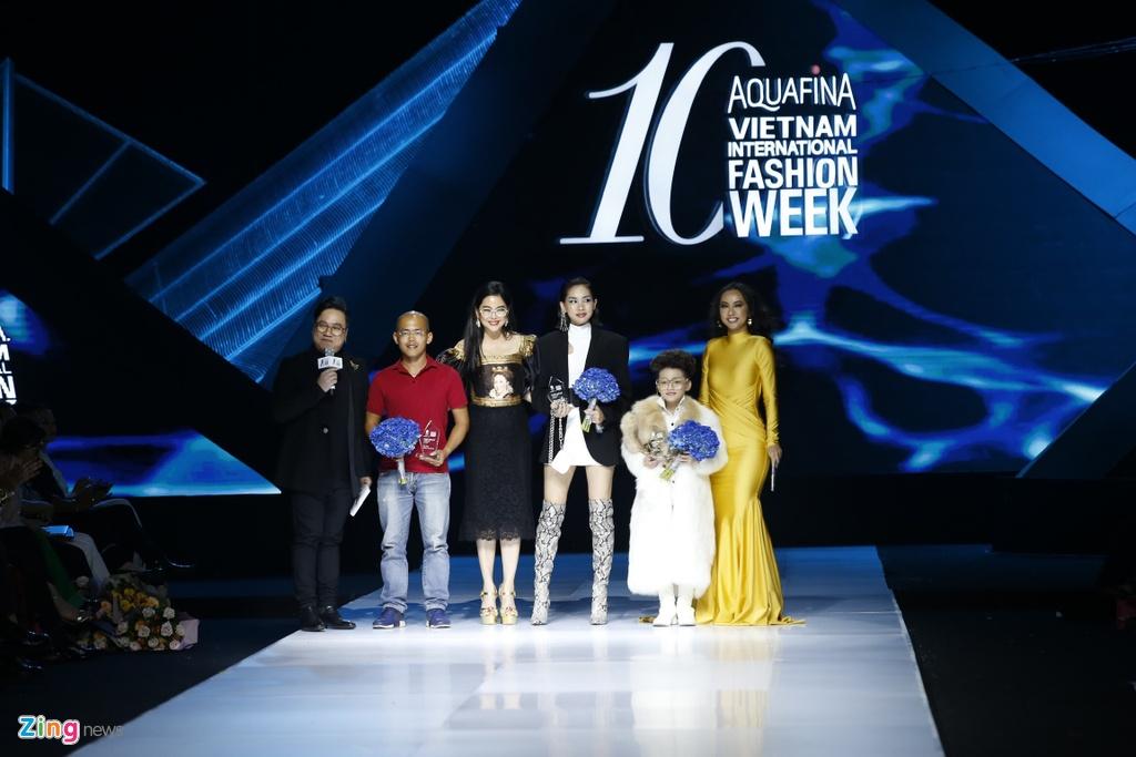 Aquafina Vietnam International Fashion Week 2019 anh 3