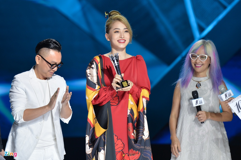 Aquafina Vietnam International Fashion Week 2019 anh 4