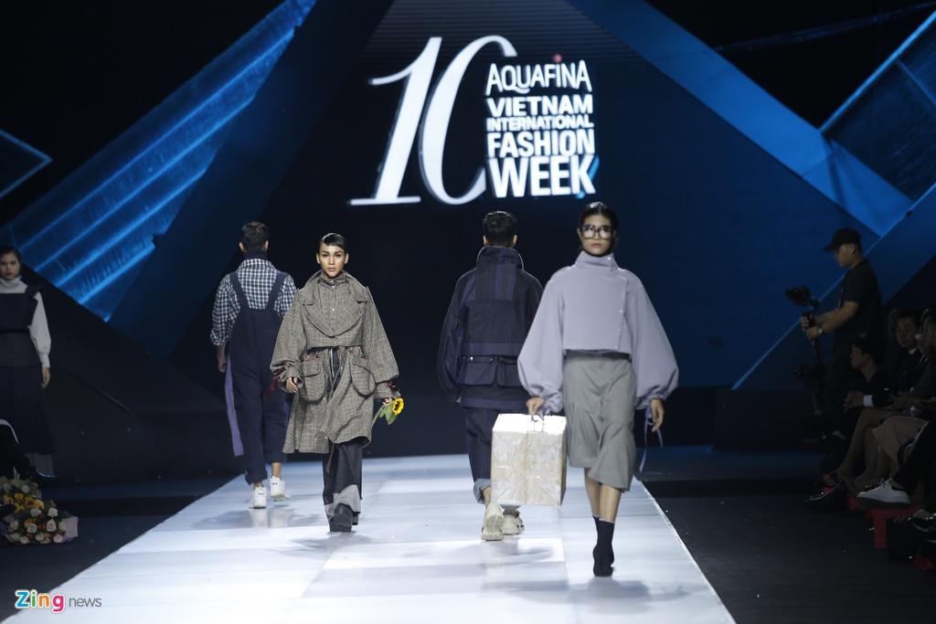 Aquafina Vietnam International Fashion Week 2019 anh 14