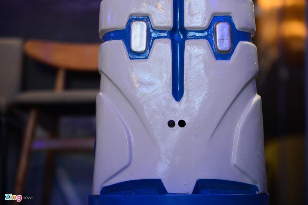 Robot 200 trieu dong thay nhan vien phuc vu o quan ca phe Ha Noi hinh anh 6