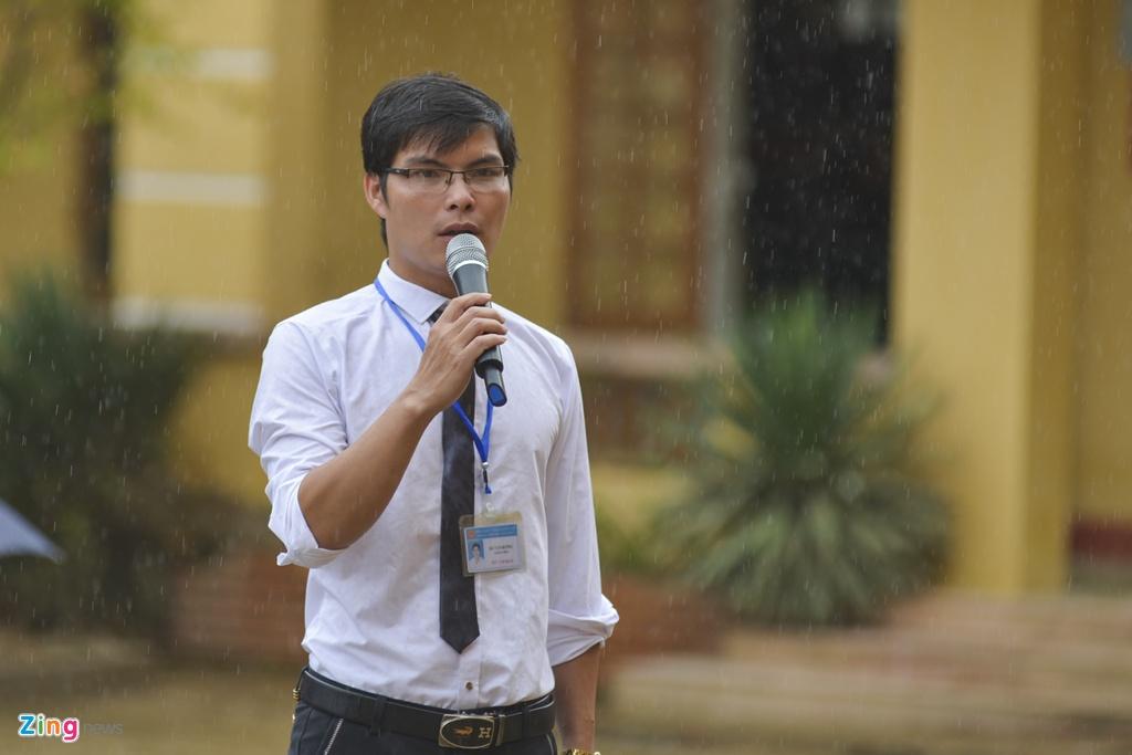 Hoc sinh vung lu Mu Cang Chai doi mua don khai giang hinh anh 15