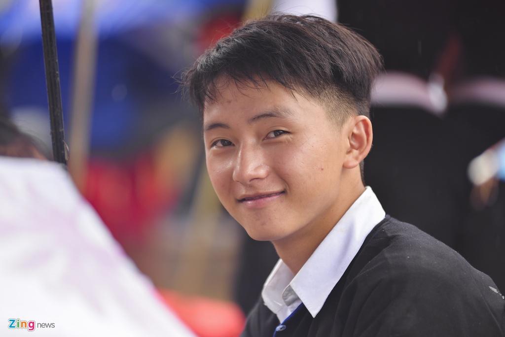 Hoc sinh vung lu Mu Cang Chai doi mua don khai giang hinh anh 19