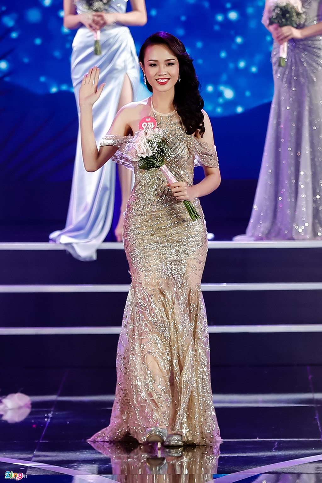 Hoa khoi DH Ngoai thuong tung nang 90 kg thi Hoa hau Viet Nam 2018 hinh anh 4