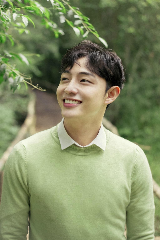 9X dep nhu trai Han duoc tim kiem sau khi tham gia 'Giong ai giong ai' hinh anh 2