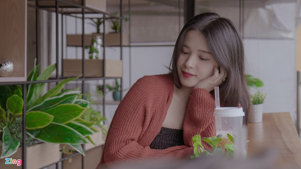Hot girl Thao Nari lan dau tiet lo ve moi tinh voi cau thu U23 hinh anh 9