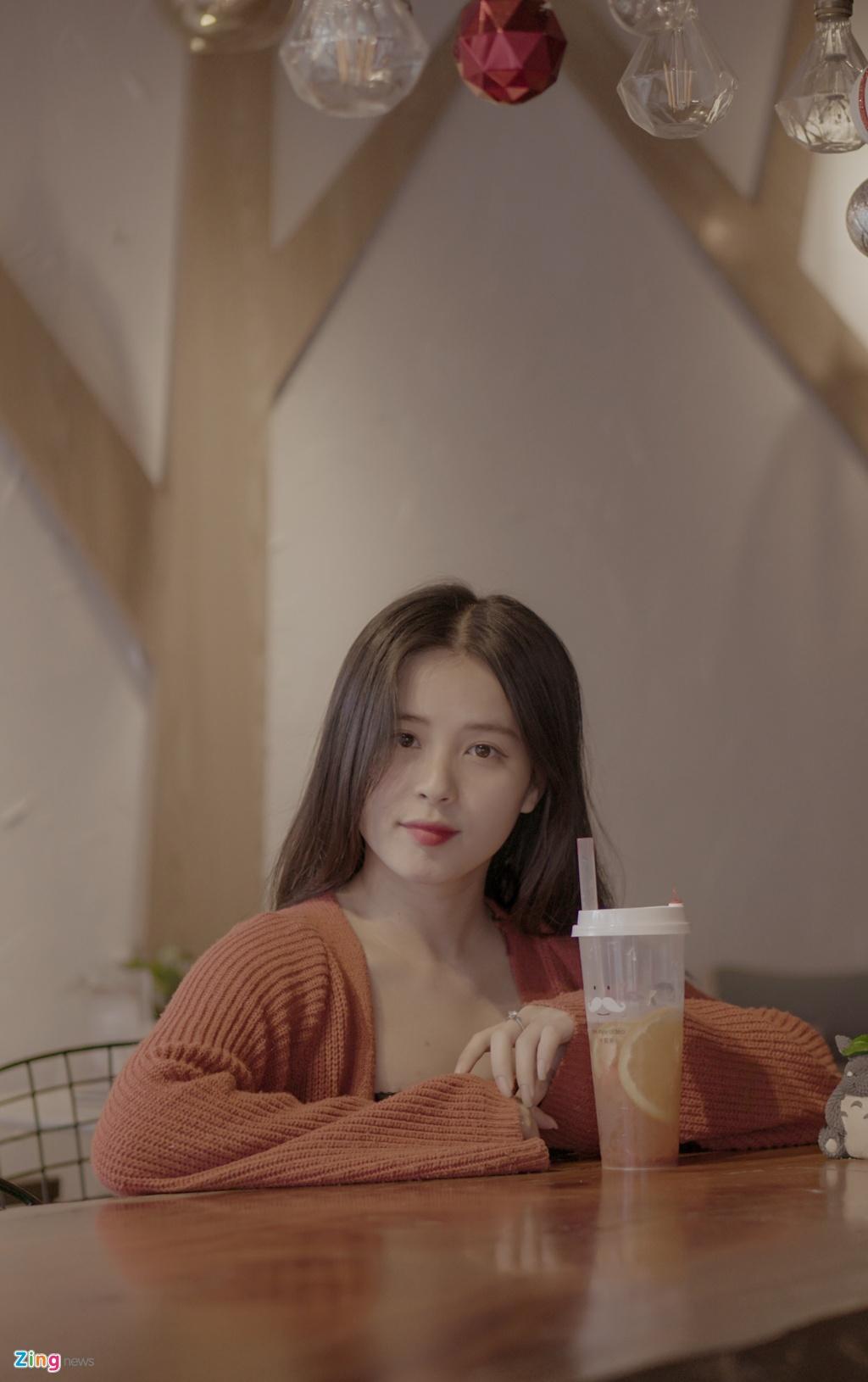 Hot girl Thao Nari lan dau tiet lo ve moi tinh voi cau thu U23 hinh anh 3