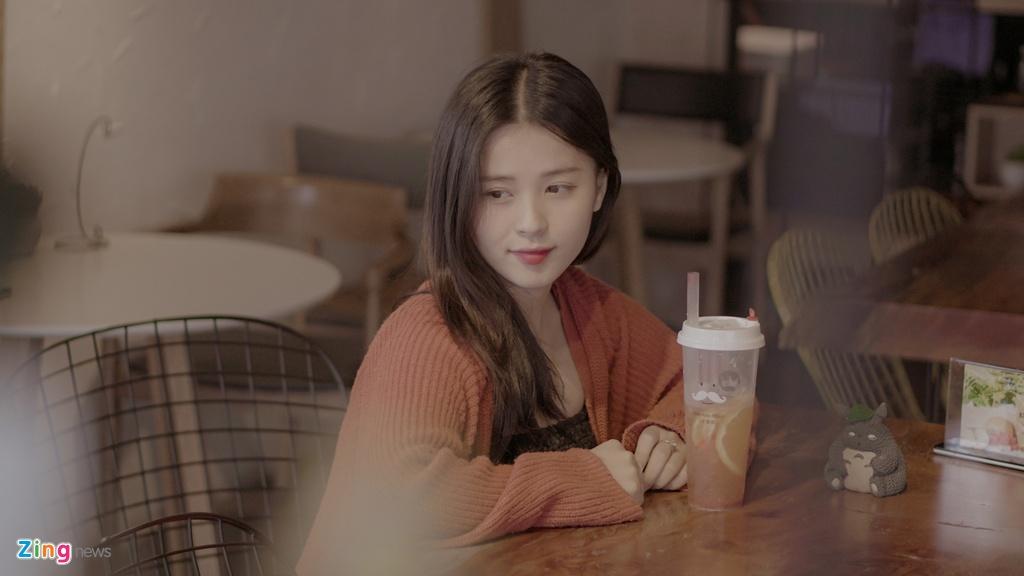 Hot girl Thao Nari lan dau tiet lo ve moi tinh voi cau thu U23 hinh anh 1