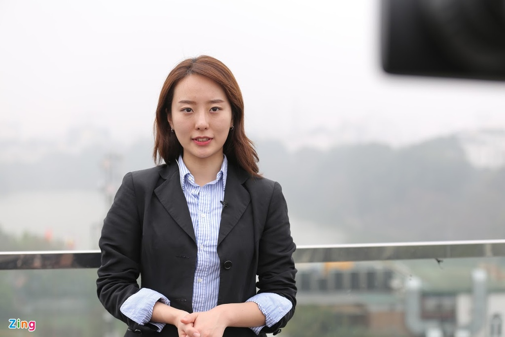 Phong vien xinh dep dai SBS: Banh my va pho o Viet Nam vua ngon vua re hinh anh 3