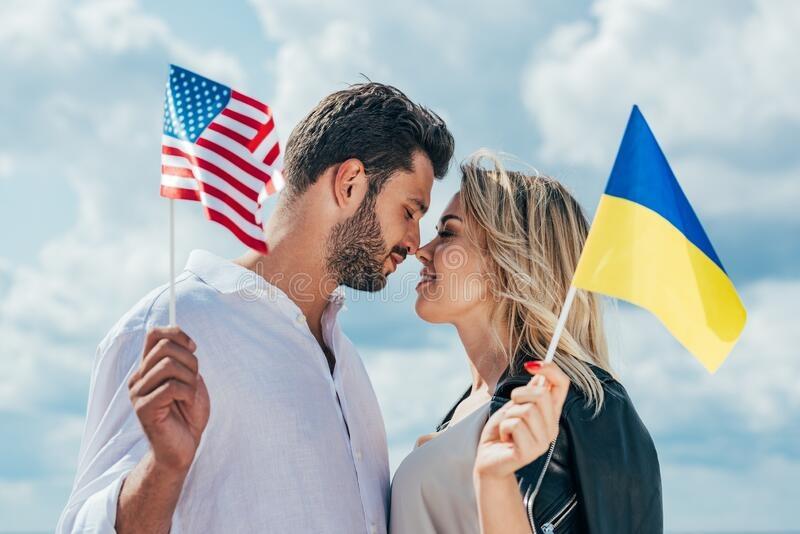 dan ong phuong Tay lay vo Ukraine anh 2