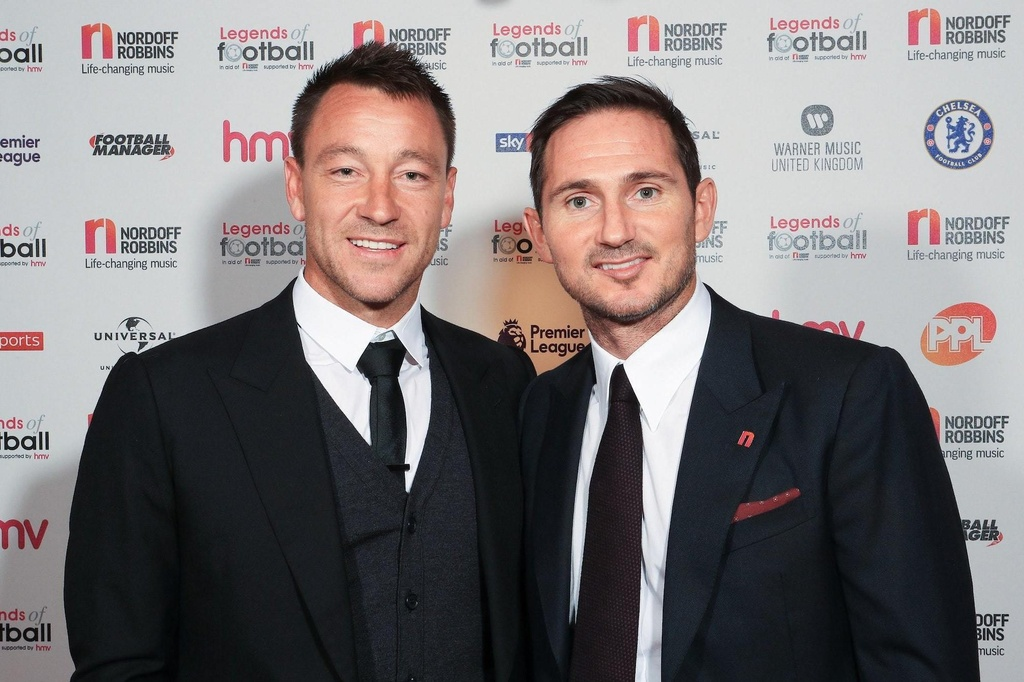 Lampard,  Terry,  Play-off,  dat gia nhat the gioi,  Premier League,  Chelsea anh 1