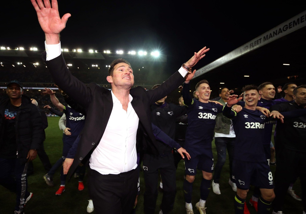 Lampard,  Terry,  Play-off,  dat gia nhat the gioi,  Premier League,  Chelsea anh 2