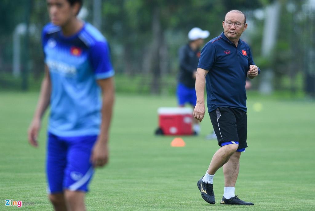 Tien Linh tro lai, bat cap Martin Lo trong buoi tap cua U23 Viet Nam hinh anh 2