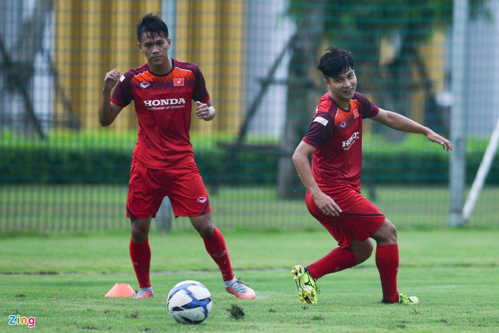 Tien Linh tro lai, bat cap Martin Lo trong buoi tap cua U23 Viet Nam hinh anh 8