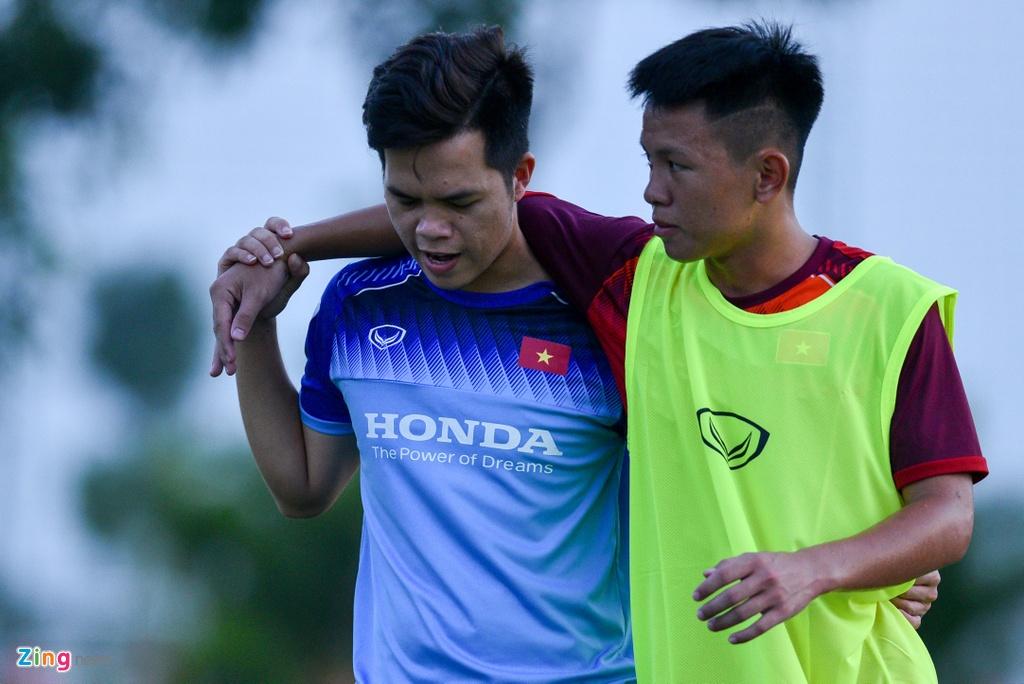 U19 Viet Nam hung khoi tap luyen duoi quyen Philippe Troussier hinh anh 10