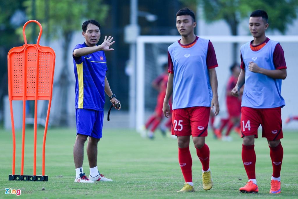 U19 Viet Nam hung khoi tap luyen duoi quyen Philippe Troussier hinh anh 3
