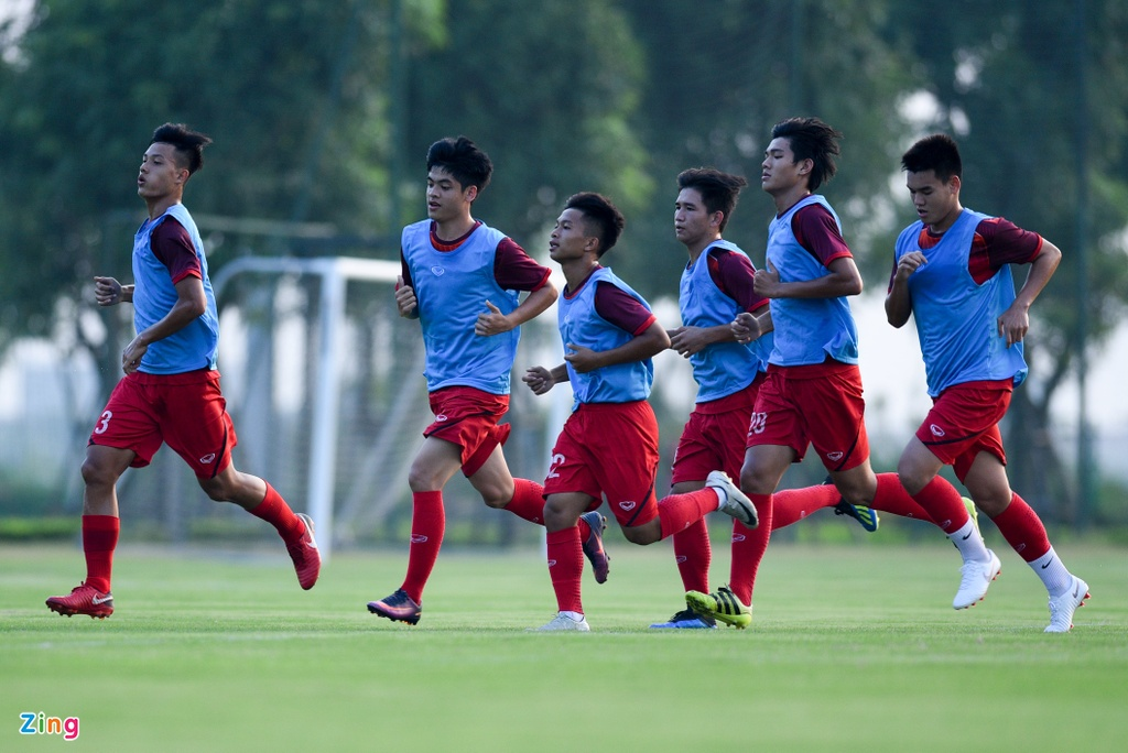 U19 Viet Nam hung khoi tap luyen duoi quyen Philippe Troussier hinh anh 5