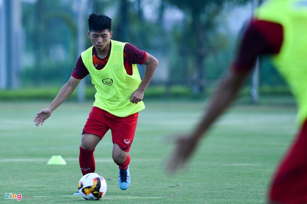 U19 Viet Nam hung khoi tap luyen duoi quyen Philippe Troussier hinh anh 8