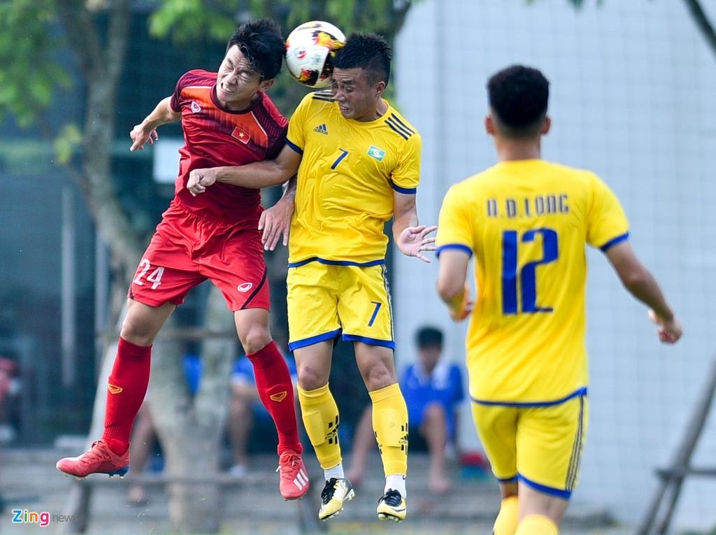 U19 Viet Nam da lien 2 tran giao huu duoi thoi HLV Troussier hinh anh 2
