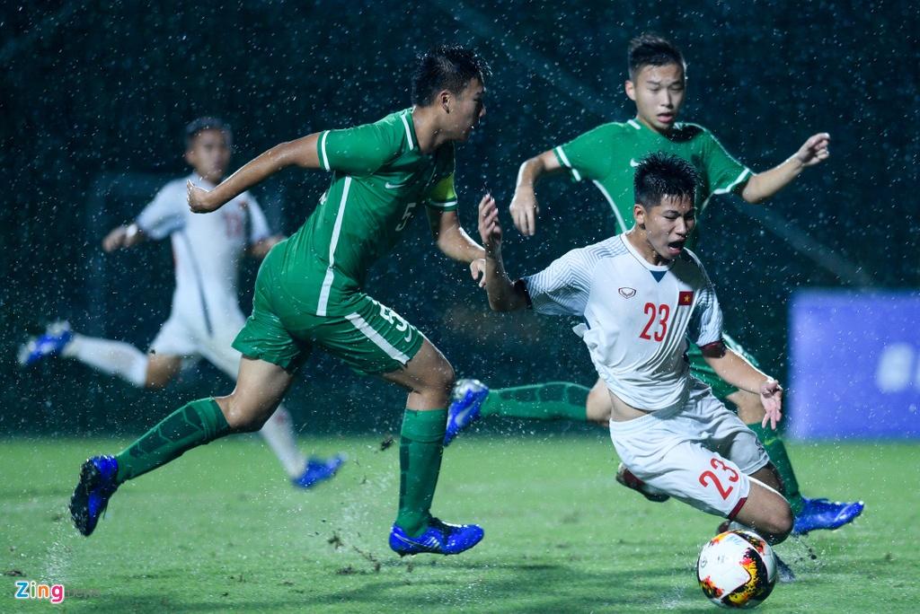 U16 Viet Nam xay chac ngoi dau sau chien thang 6-0 truoc Macao hinh anh 3