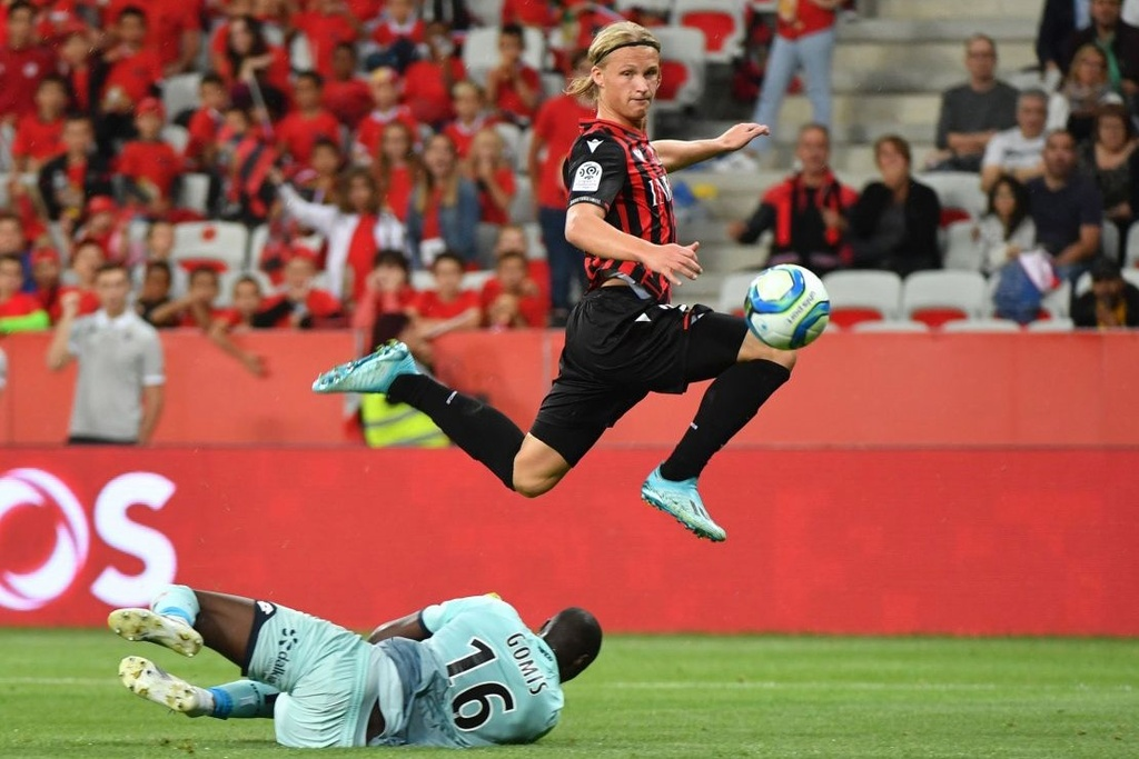 Mourinho ve Real anh 8