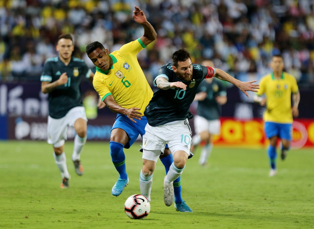 Messi ghi ban sau an treo gio giup Argentina thang Brazil hinh anh 2