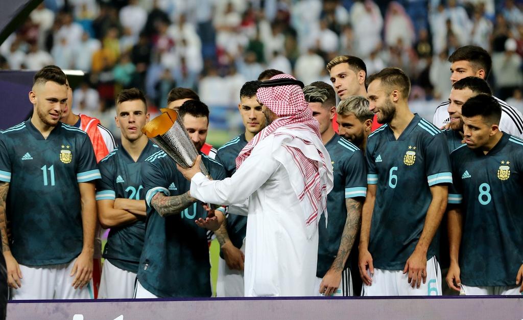 Messi ghi ban sau an treo gio giup Argentina thang Brazil hinh anh 9