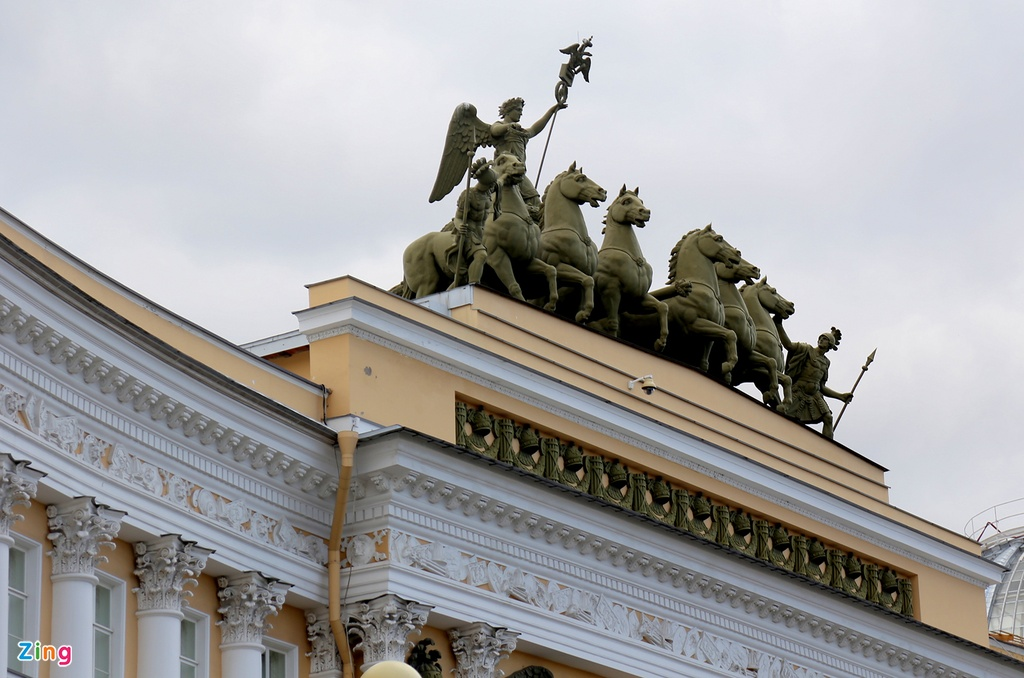 #Mytour: Dem trang va cai lanh thau cua Saint Petersburg mua World Cup hinh anh 14