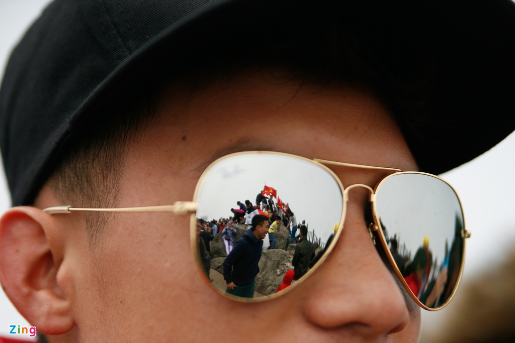 'Chinh phuc' Fansipan khon kho ngay nghi le hinh anh 16
