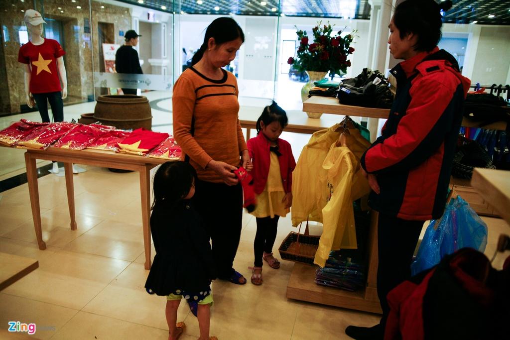 'Chinh phuc' Fansipan khon kho ngay nghi le hinh anh 6