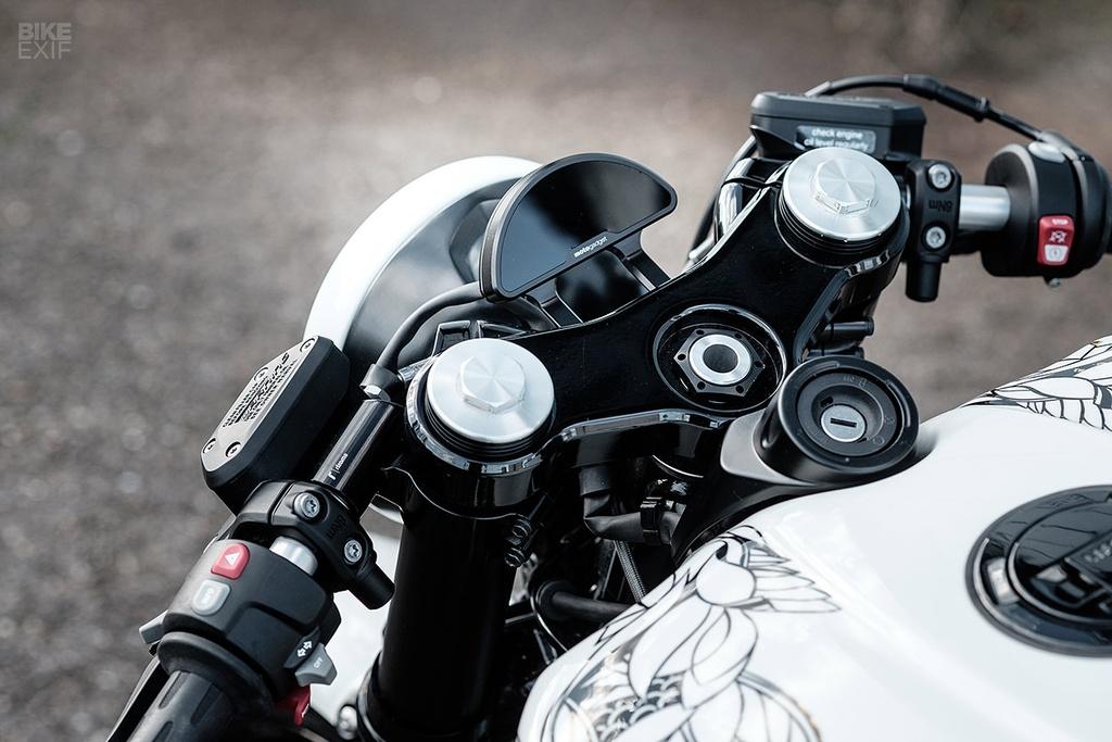 Chien binh Samurai BMW R NineT mang dong mau Ha Lan hinh anh 6