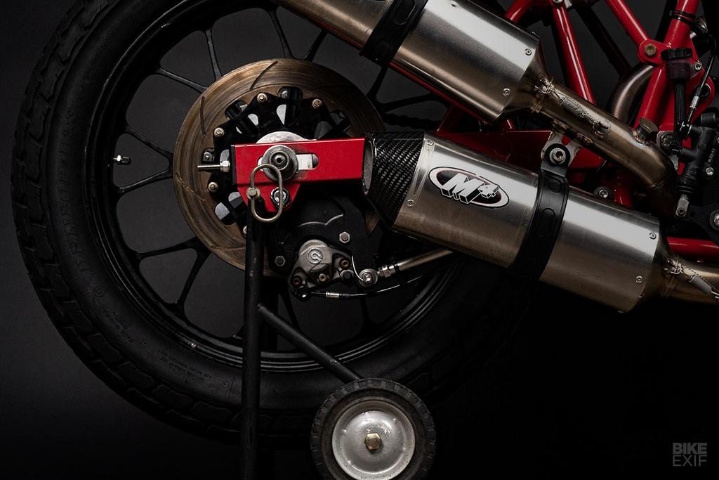 Mau Flat Tracker Ducati dau tien cua Lloyd Brothers hinh anh 9