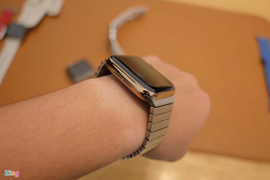Chi tiet Apple Watch Series 4 - man hinh lon, vien cuc mong hinh anh 10