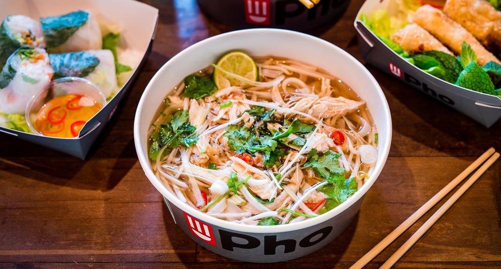 Tu Viet Nam qua cac nuoc, hanh trinh vuon tam the gioi cua pho Viet hinh anh 6