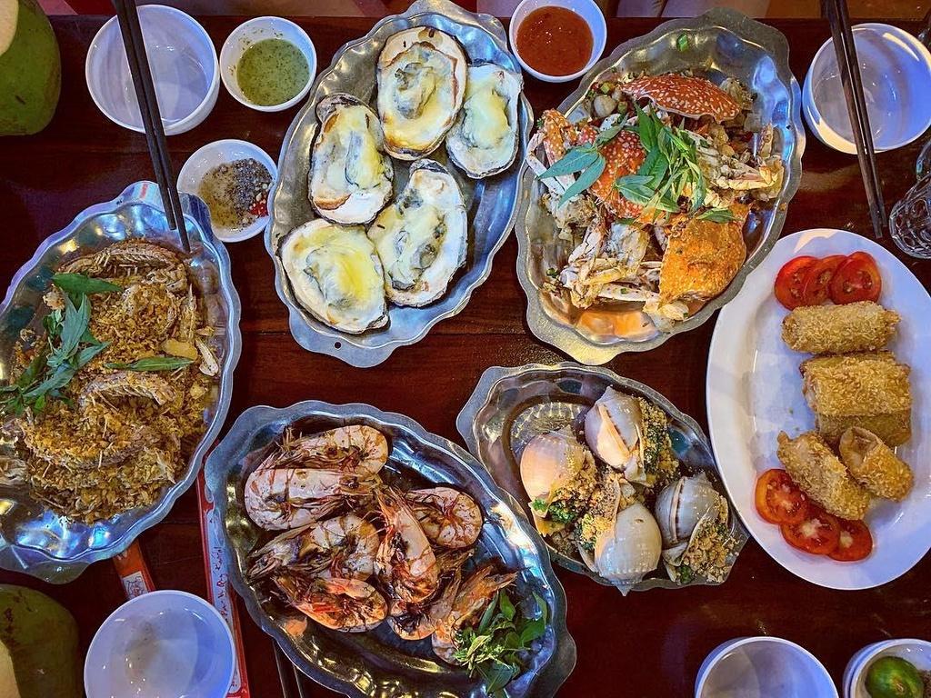 5 dia chi hai san noi tieng bao ngon, gia dep o Phu Quoc hinh anh 9 5 địa chỉ hải sản nổi tiếng bao ngon, giá đẹp ở Phú Quốc - vintage_alvin - 5 địa chỉ hải sản nổi tiếng bao ngon, giá đẹp ở Phú Quốc